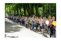 """Buriama socialinės akcijos """"Pasveikink jūrą Palangoje"""" savanorių komanda – padėkite vaikams sukurti šventę"""