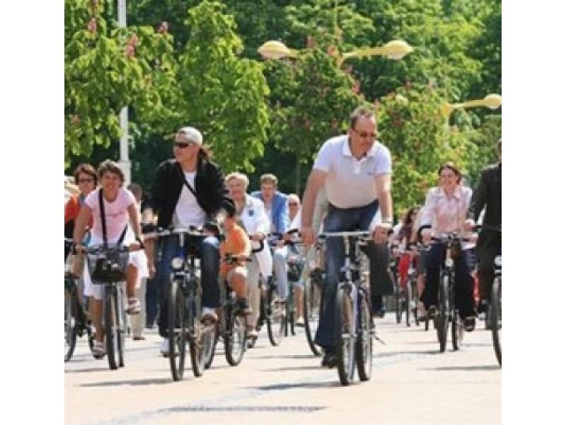 Palangoje policija žymės dviračius