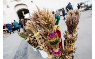 Šventų Velykų belaukiant kadagio šakelės skonis turi prasmę