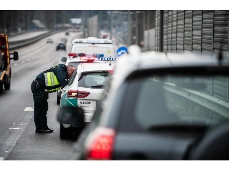 Policijos departamento pranešimas: kurortuose nakvynę rezervavę ir iki vidurnakčio atvykę žmonės galės pasilikti