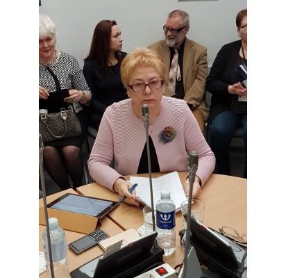 Į politikų etikos sargų akiratį pakliuvo Elena Kuznecova