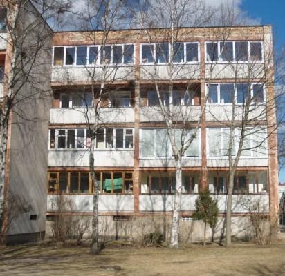 Žvejų g. 38 daugiabučio fasadai, langai ir lodijos bus renovuoti pagal vieningą projektą.
