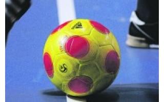 Salės futbolo turnyras žengia į antrąjį ratą