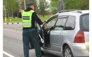 Kelyje Klaipėda – Palanga sustabdyta girta vairuotoja