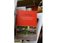 Į naująją darbo vietą meras Š. Vaitkus nepaėmė ir Dano Palucko dovanotos knygos.