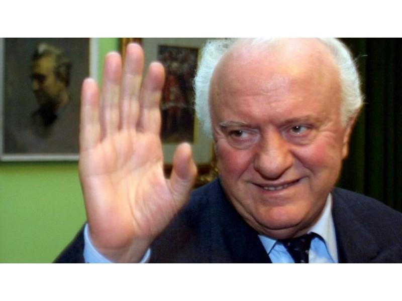 Buvęs Gruzijos prezidentas bei ilgametis TSRS užsienio reikalų ministras  E. Ševardnadzė mirė liepos 7 dieną. Delfi nuotr.