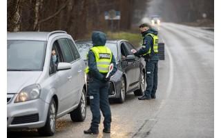 Palangoje gruodžio 26 d. patikrinta 2130 automobilių, neįleista 55, surašyta 11 protokolų už KET pažeidimus
