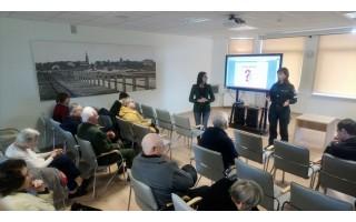 Tarybos narė Svetlana Grigorian inicijavo diskusiją kaip apsisaugoti nuo telefoninių sukčių