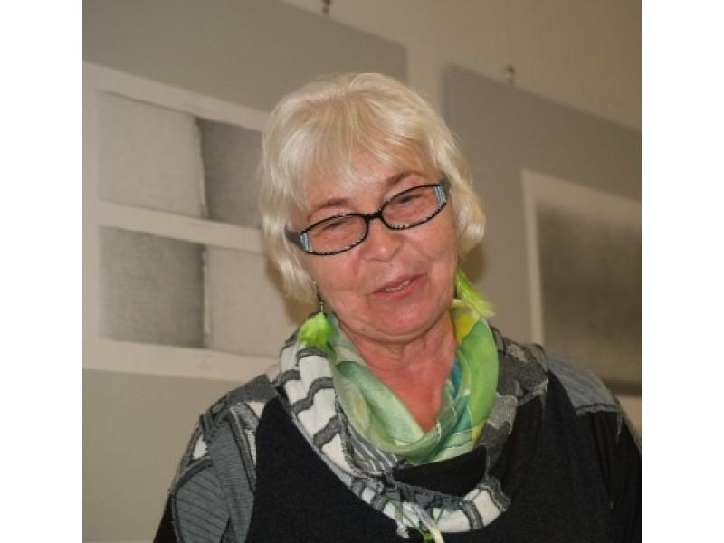 Iškili lietuvių grafikė, praturtinusi Palangos dailės aruodus Gražina Oškinytė-Eimanavičienė.
