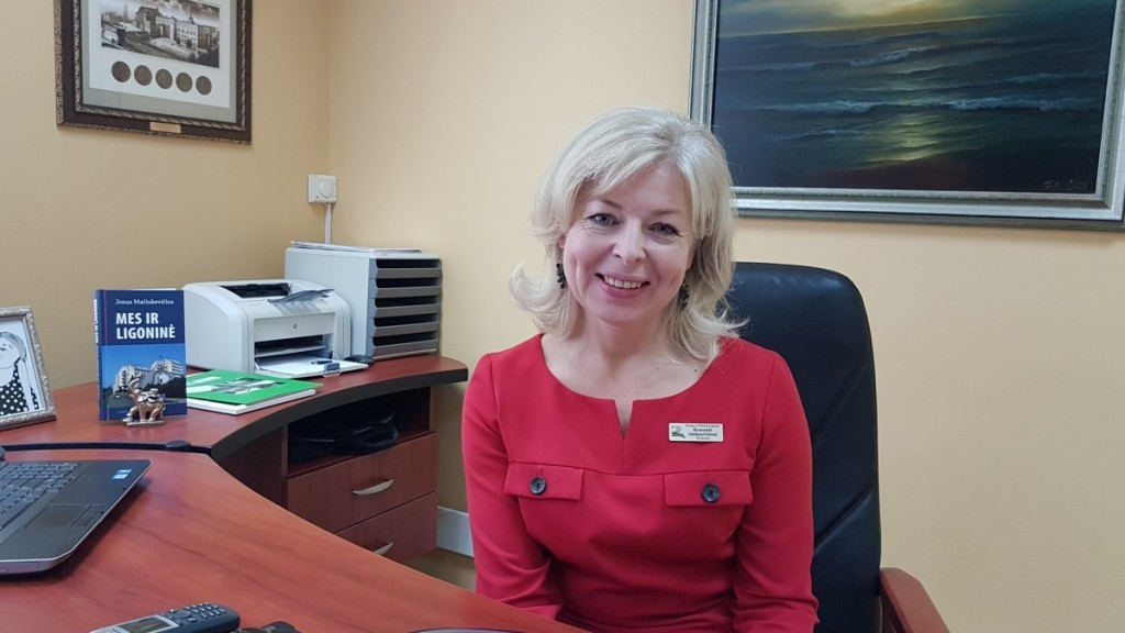 Beveik dvejus metus laukusi Sveikatos apsaugos ministerijos konkurso direktoriaus pareigoms eiti, Palangos reabilitacijos ligoninė turi naują vadovą: direktore tapo Romantė Aleknavičienė.