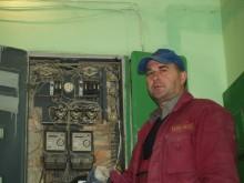"""""""Darbo užtenka"""", – sakė elektrikas Vytautas Stanius."""