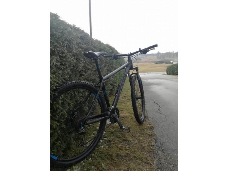 Vienus dviračių vagis sulaikė, kiti siaučia - vyras  antradienį pasigedo nepigaus dviračio