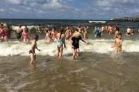 Palangoje per pusę tūkstančio vaikų pirmą kartą pasisveikino su jūra
