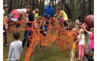 Atidarytas lietuviškų pasakų parkas stebina netradiciniais sprendimais