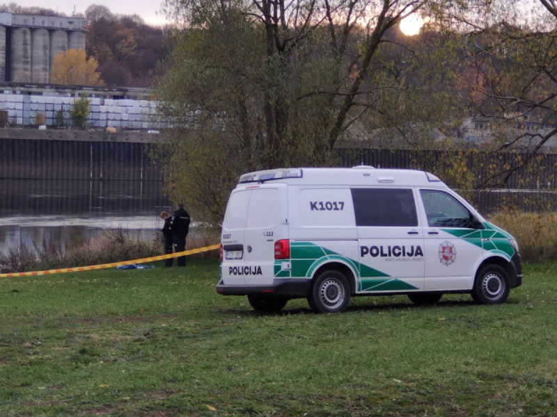 Pirmadienį Palangoje, Ligoninės g., miške, rastas mirusios 67 metų moters kūnas