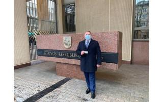 """Gavęs Seimo nario pažymėjimą, Mindaugas Skritulskas išskubėjo į Palangą: """"Patogumo dėlei jį laikysiu piniginėje"""""""