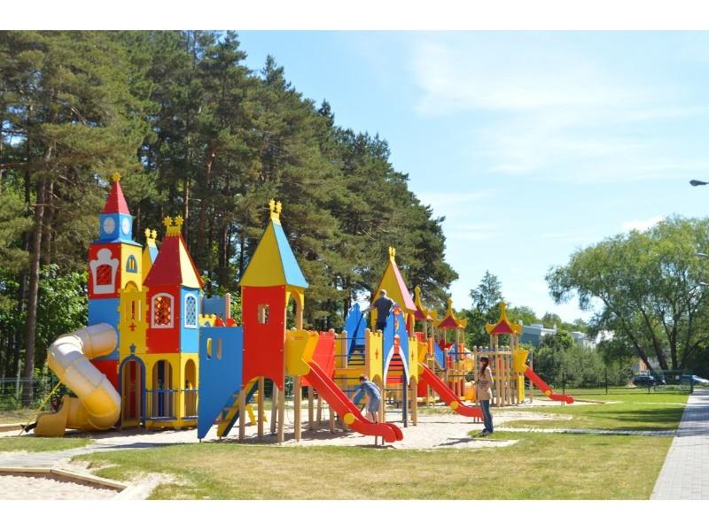 """Šiandien Vaikų parke – keliaujančios parodos """"Gimę su genijaus žyme"""" pristatymas"""