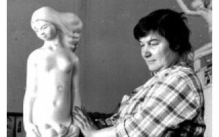 """Vanda Albina Vertulienė: """"Gintaro apdirbimas ir skulptūrų darymas – mano tikrosios gyvenimo meilės"""""""