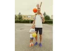 Renaldas su savo sūnumis