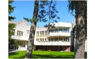 """Palanga vilai """"Auska"""" ieškos nuomininko: 119 tūkst. 520 eurų per metus, arba 9 tūkst. 960 eurų per mėnesį"""