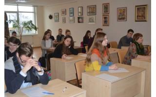 Pasitikrinti lietuvių kalbos žinias pageidauja vis daugiau palangiškių