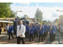 """Šventės """"Palangos stalas 2013"""" pradžią skelbė Palangos pučiamųjų orkestras."""