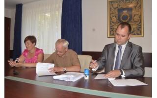 Pasirašytos daugiabučių atnaujinimo sutartys