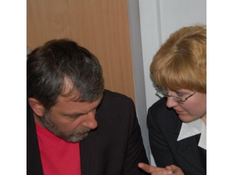 Svajūnas Bradūnas (kairėje) atleistas iš Architektūros ir teritorijų planavimo skyriaus vedėjo pareigų.