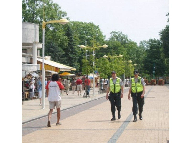 Pareigūnai birželio mėnesį gyventojams padedant atskleidė keturis nusikaltimus.