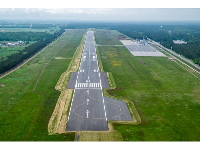 Palangos oro uoste diegiami ekologiniai sprendimai: nulinės anglies dvideginio emisijos oro uoste link