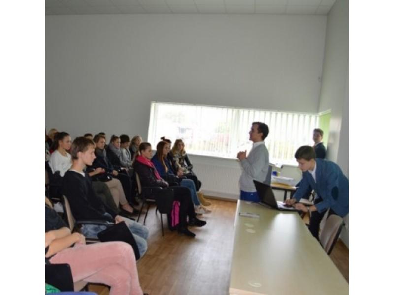 Į Palangos mokinių savivaldų forumą susirinko per 70 aktyvių kurorto moksleivių.