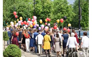 Palangos abiturientai į klases grįš jau pirmadienį, dėl kitų moksleivių grįžimo nuspręs pati bendruomenė