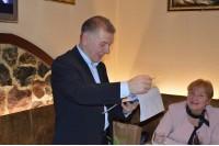 """Susitikimo iniciatorius Vytautas Ramonas įteikė dabartinio UAB """"Palangos vandenys"""" direktoriaus sveikinimus"""