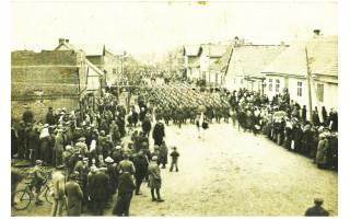 Istorinis žygis šiandien Palangoje identiškai atkartos 1921-ųjų kovo 31-osios dienos vyksmą ir nuotaikas