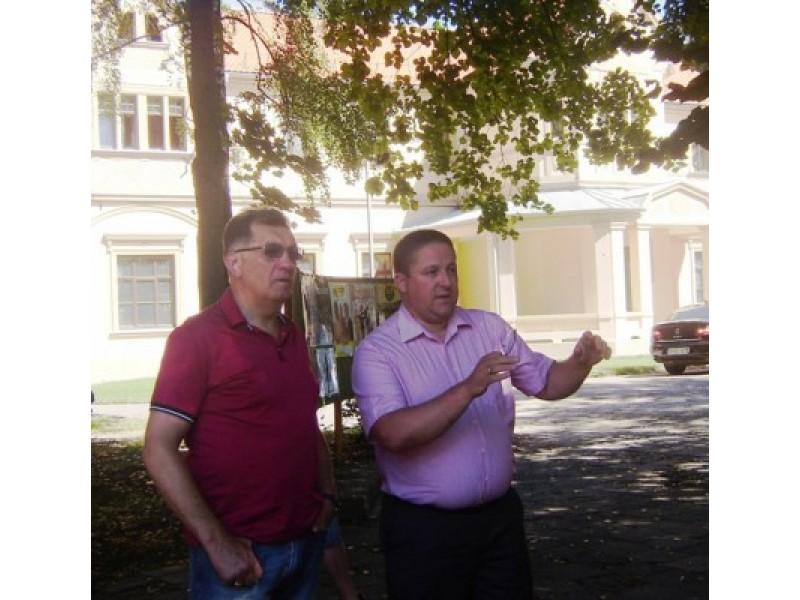 Palangoje atostogaujantis Premjeras Algirdas Butkevičius penktadienį susitiko su miesto meru Šarūnu Vaitkumi. Šio susitikimo metu buvo aptarti kurortui svarbūs klausimai, susiję su Palangos infrastruktūros plėtra.