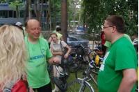 Premjeras Andrius Kubilius savo dviratį saugo rakindamas