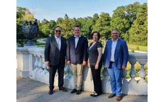 Savivaldybėje lankėsi JAV ambasadorius Lietuvoje Robert S. Gilchrist