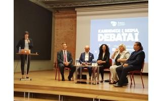 Kandidatų į Seimą debatai – kupini aistrų, pažadų ir su juoko pliūpsniais