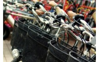 Pasivažinėjimas išsinuomotu dviračiu kurorte gali ir apkartinti atostogas