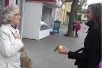 """""""Baltijos"""" moksleiviai pradžiugino Palangos senjorus"""