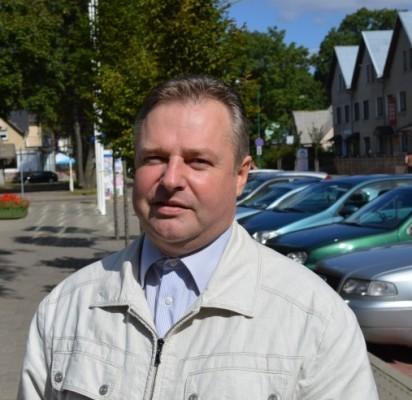 """Tarybos narys Dainius Želvys, kuris yra dviejų miesto įmonių – UAB """"Palangos šilumos tinklai"""" ir VšĮ Pirminės asmens sveikatos priežiūros centro (PASPC) stebėtojų tarybos narys."""