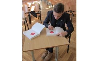 Buvusio gimnazisto Andriaus Kleivos knygos pristatymas