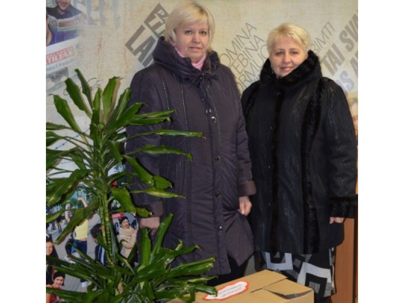 """Iš kairės: Palangos lopšelio-darželio """"Ąžuoliukas"""" direktorė Rūta Regina Lukaitienė ir jos pavaduotoja Zita Paulikienė."""