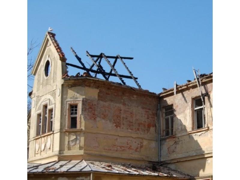 Savivaldybė tikisi pinigų kurhauzo restauracijai, G. Jacka – prie suskilusios geldos