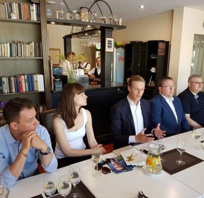 Gabrielius Landsbergis susitiko su Palangos verslininkais