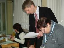 """V. Beržanskis: """"Rinkėjų kortelės, žmogui pateikus asmens dokumentą, buvo atspausdinamos tiesiog rinkimų apylinkėse""""."""