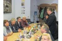 Kurorto meras Š.Vaitkus pasveikino miesto – partnerio delegaciją ir jos vadovę merę A.Kioster (sėdi antra iš kairės).