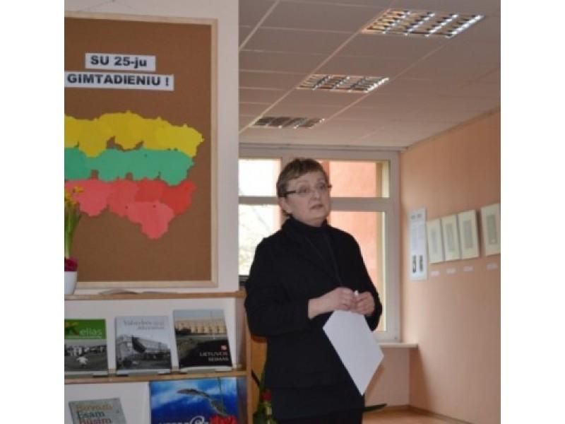 Antaną Mončį ir jo darbų parodą pristatė L. Turauskaitė.