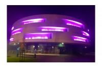 Palangos koncertų salė pasipuošė purpurine spalva