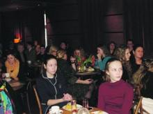 """""""Vandenio"""" salėje susirinko Palangos VRA įvertinti kurorto gabiausieji moksleiviai su tėveliais ir pedagogais."""